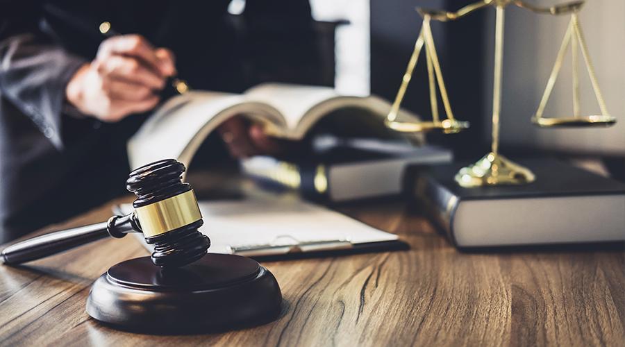 Assurance emprunteur : ce que disent la Loi Hamon et l'amendement Bourquin